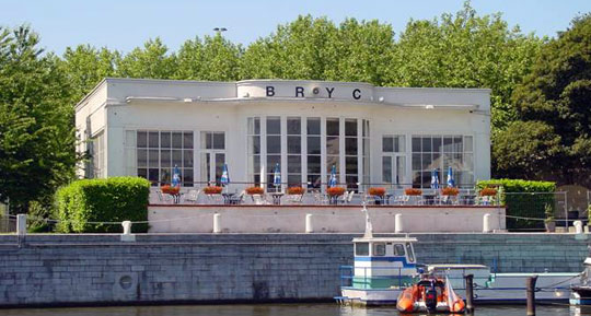 Brussel_royal-yacht-club